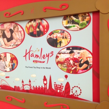 Photo stoRy for today™- Hamleys in Sweden