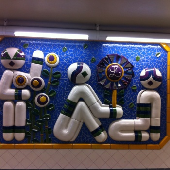 Photo stoRy for today™ – Art in Stockholm's tube –part 1- Fridhelmsplan and Carl von Linné