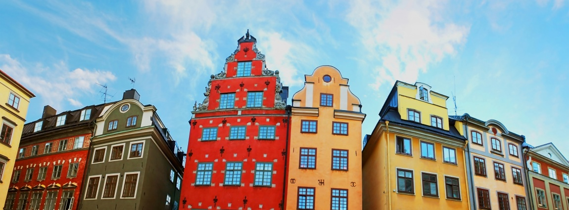 Explore Gamla stan on a walking tour!