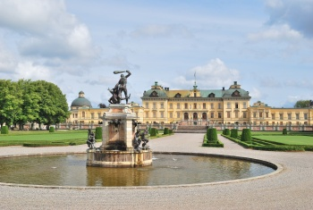 Drottningholm Palace  and  Stockholm Old Town Tour