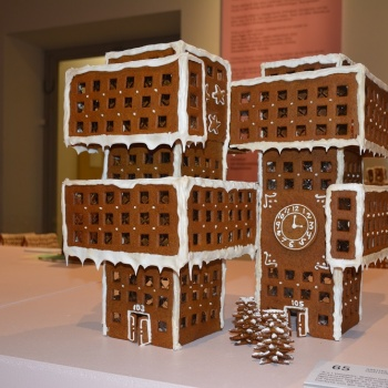 Gingerbread, Rodin and the world's biggest coin- what do they have in common?
