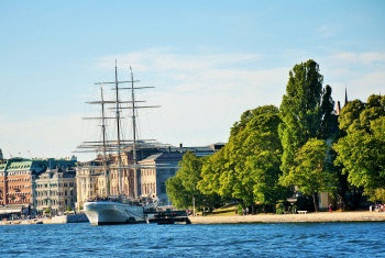 Stockholm By Land and Water stoRy Tour