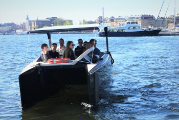 Stockholm private boat tour and Old Town stoRy Walk